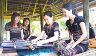 Đề nghị đưa Nghề dệt thổ cẩm truyền thống của đồng bào dân tộc Hrê vào danh mục Di sản văn hóa phi vật thể Quốc gia