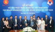 Ký kết thỏa thuận hợp tác chiến lược hỗ trợ phát triển bóng đá Việt Nam