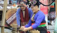 Bảo tồn và phát triển nghề dệt truyền thống phụ nữ dân tộc Lào