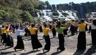 Lâm Đồng: Tưng bừng Lễ hội mùa Xuân dưới chân thác Pougour
