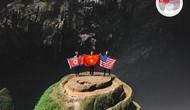 Quốc kỳ Việt - Mỹ - Triều cùng xuất hiện trong hang Sơn Đoòng