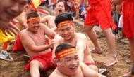 Nghi lễ kéo co ngồi truyền thống đền Trấn Vũ đón bằng  ghi danh của UNESCO là di sản văn hóa phi vật thể đại diện của nhân loại