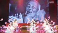Quà tháng 5 dâng Người tái ngộ khán giả với lời hứa về một chương trình nghệ thuật cao, giàu cảm xúc ngọt ngào