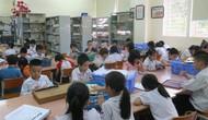 Vụ Thư viện trao tặng sách, đĩa cho học sinh trường PTCS Nguyễn Đình Chiểu