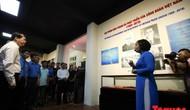 Khai mạc trưng bày 300 hiện vật, hình ảnh tái hiện 90 năm xây dựng và phát triển Công đoàn Việt Nam