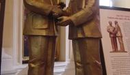 Thống nhất phương án xây dựng Tượng đài Bác Hồ - Bác Tôn tại Hà Nội