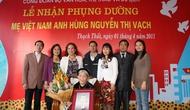Công Đoàn Bộ VHTTDL nhận phụng dưỡng Mẹ Việt Nam anh hùng