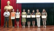 Công đoàn Bộ VHTTDL sơ kết hoạt động 6 tháng đầu năm 2011 và Trao giải cuộc thi ảnh nữ đoàn viên công đoàn