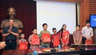Tuyên dương con em cán bộ, công chức, viên chức Bộ VHTTDL đạt danh hiệu xuất sắc năm học 2012-2013