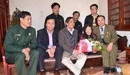 Hội CCB Bộ và Công đoàn Bộ thăm Mẹ Việt Nam anh hùng