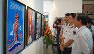 """Triển lãm tranh cổ động """"Bảo vệ biển đảo của Tổ quốc"""""""