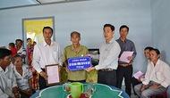 Công đoàn Bộ bàn giao nhà tình nghĩa cho thương binh nặng ở tỉnh Cà Mau