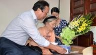 Công đoàn và Hội CCB cơ quan Bộ VHTTDL thăm Mẹ Việt Nam anh hùng
