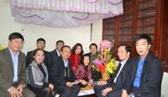 Công đoàn Bộ VHTTDL và Hội CCB cơ quan Bộ chúc Tết Mẹ VNAH Nguyễn Thị Vạch
