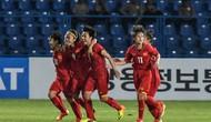 Tuyển bóng đá nữ Việt Nam nhận thưởng nóng từ VFF
