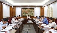 Bộ trưởng Nguyễn Ngọc Thiện làm việc với Ban Soạn thảo Luật Thư viện