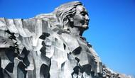 Quần thể Tượng đài Mẹ Việt Nam anh hùng tiếp nhận trưng bày hơn 800 hiện vật