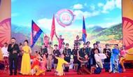 Ca ngợi tình hữu nghị Việt Nam - Lào - Campuchia