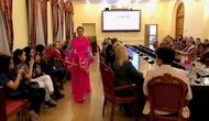 """Thuyết trình về """"Văn hóa Việt Nam - Giá trị truyền thống của áo dài và ảnh hưởng tới cuộc sống hiện đại"""" tại Nga"""