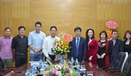 Thứ trưởng Lê Quang Tùng chúc mừng các thầy cô giáo Học viện Âm nhạc Quốc gia Việt Nam