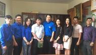 Đoàn Thanh niên Bộ VHTTDL thăm hỏi, tặng quà thân nhân liệt sĩ