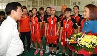 Bộ trưởng Nguyễn Ngọc Thiện cổ vũ tinh thần cho các vận động viên tham dự SeaGames 29