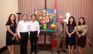 Cựu Đại sứ Hy Lạp trao tặng 12 tác phẩm hội họa cho Bảo tàng Mỹ thuật Việt Nam