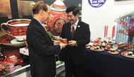 Chén ngọc APEC - Thể hiện nét văn hóa truyền thống Việt Nam