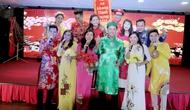 Chương trình nghệ thuật chào Năm mới 2018 đã đưa bà con Việt Nam đang sinh sống tại Nga về những miền quê tươi đẹp  Việt Nam