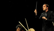 Nhạc trưởng lừng danh Jonas Alber biểu diễn trong chuỗi hòa nhạc Beethoven Cycle