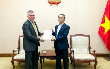 Phó Cục trưởng Lê Ngọc Định tiếp Giám đốc Trung tâm Khoa học và Văn hóa Nga tại Hà Nội