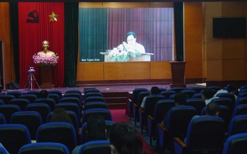 Hội nghị trực tuyến toàn quốc nghiên cứu, học tập, quán triệt Nghị quyết Đại hội XIII của Đảng cho đội ngũ văn nghệ sĩ, trí thức
