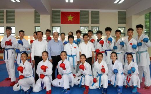 Bộ trưởng Nguyễn Ngọc Thiện thăm và làm việc tại Trung tâm Huấn luyện Thể thao Quốc gia TP.HCM
