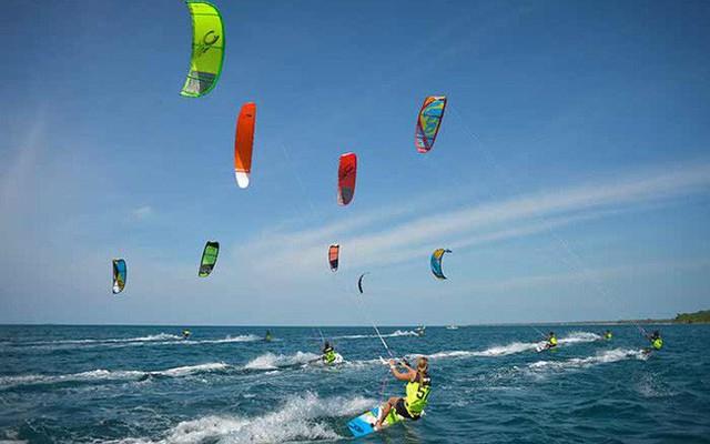 Hấp dẫn Giải Lướt ván diều Malibu lần thứ III năm 2019